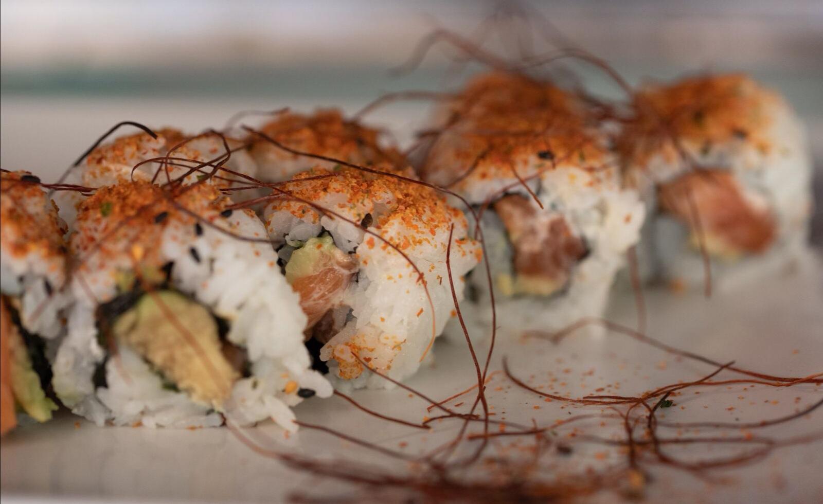 Uramaki spicy salmón